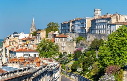Angulema, una ciudad llena de color en Francia
