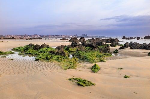 Playa de Trengandín en la costa cántabra