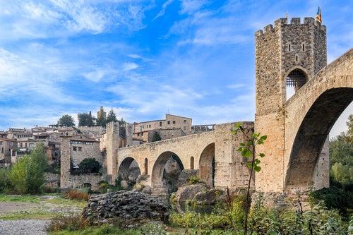 Besalú, uno de los pueblos de Girona más bonitos