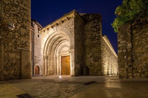 Hospital de Sant Julia en Besalú