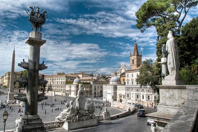Paseamos por la Plaza del Popolo de Roma