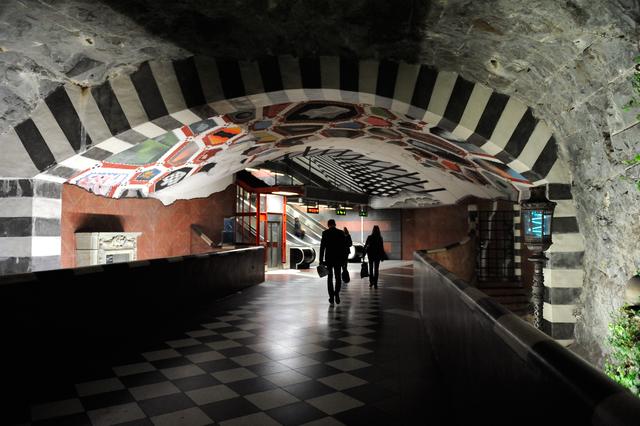 Kungstradgarden en el metro de Estocolmo
