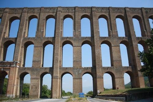 Acueducto de Vanvitello en Caserta