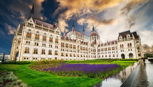 Plaza del Parlamento de Budapest