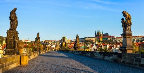 Estatuas en el puente de Carlos de Praga