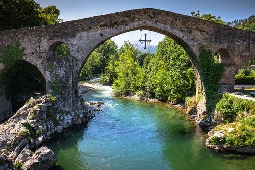 Cangas de Onís, uno de los lugares más bellos de Asturias