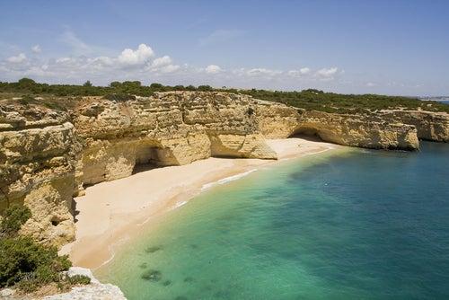 Praia da Marinha en el Algarve