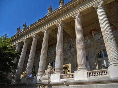 Grand Palais en los Campos Elíseos
