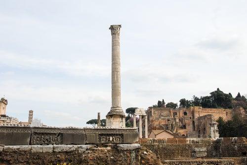 Columna de Focas en el Foro Romano