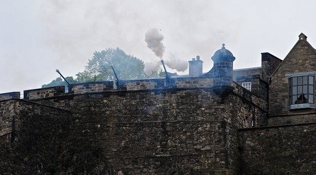 Disparo del One O'Clock Gun en Edimburgo