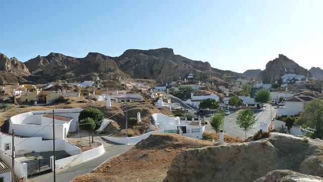 Cuevas de Guadix, entre lo pueblos más escondidos