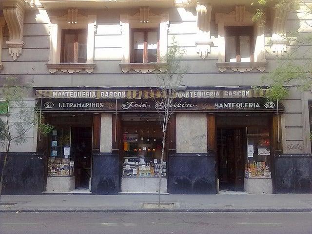 Mantequería Gascón en la calle Zurbano