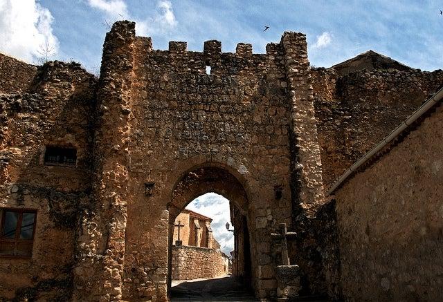 Puerta dela Villa de Maderuelo