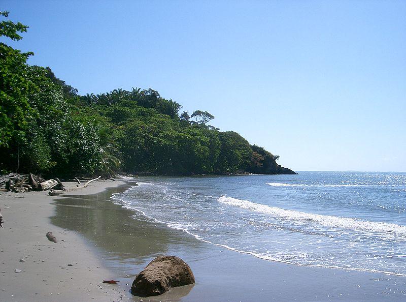 Playa del Parque Nacional Jeannette Kawas en Honduras