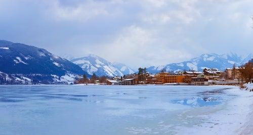 Lago Zell congelado