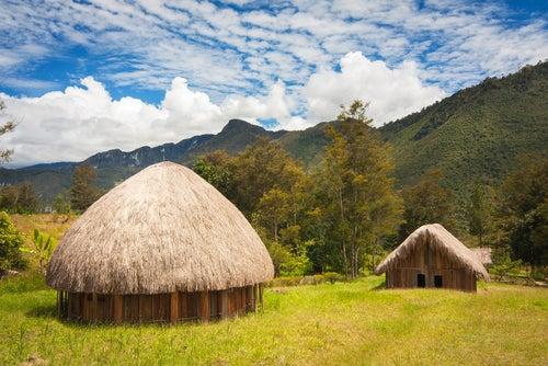 Casas de Papúa, uno de los países menos conocidos