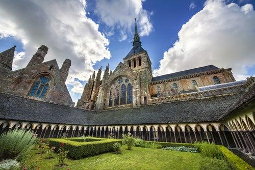 Abadía del espectacular Mont Saint-Michel