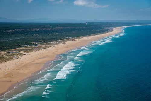 Costa de Caparica, un paraíso playero en Portugal
