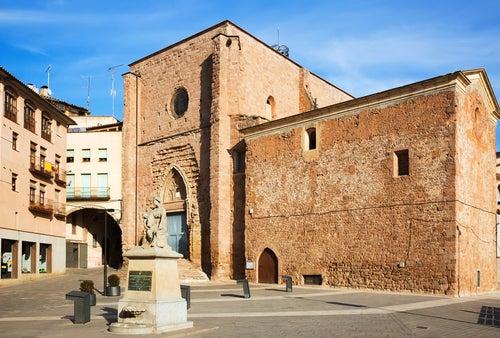 Iglesia de San Miguel en Crdona