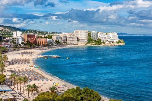 Magaluf, uno de los sitios para alojarse en Mallorca