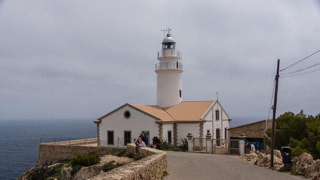 Faro de Capdepera en Cala Rajada