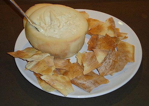 Torta del Casar, uno de los mejores quesos de España