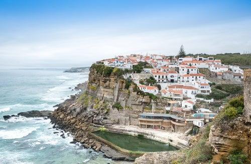 Azehnas do Mar uno de los pueblos más bonitos cerca de Lisboa