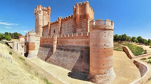 La Mota, uno de los castillos de España más bonitos