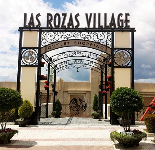 Entrada a las Rozas Village