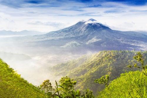 Volcán Batur en la isla de Bali