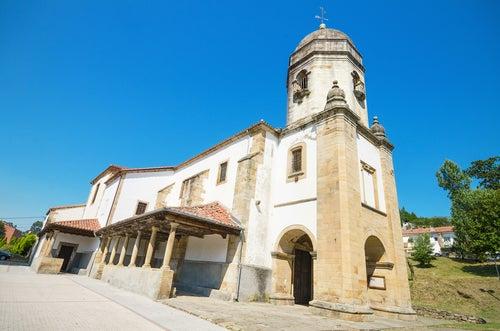 Iglesia de Lastres