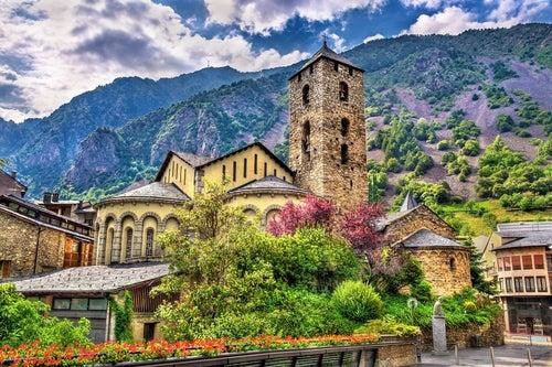 Iglesia de San Esteban en el Principado de Andorra