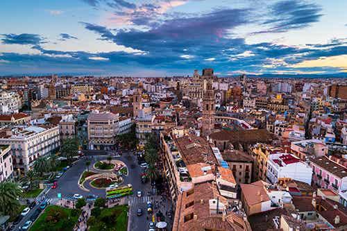Qué barrio es mejor para alojarse en Valencia