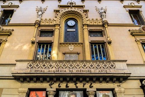Real Academia de las Artes en las RAmblas de Barcelona