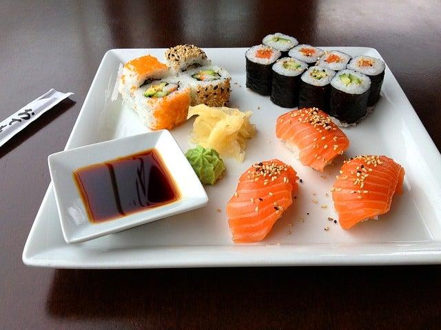 Sushi, comida en un viaje a Japón