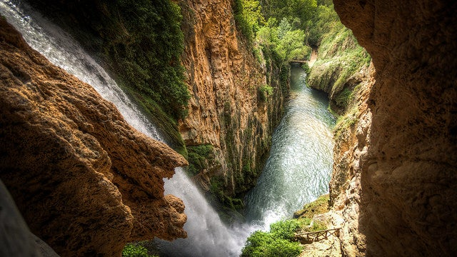 Cascada en el Parque Natural del Monasterio de Piedra