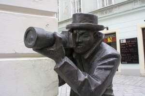 Fotógrafo de Bratislava, una de las esculturas más curiosas de Europa