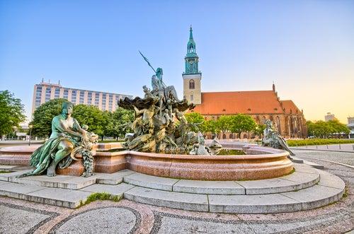 Fuente en Alexanderplatz