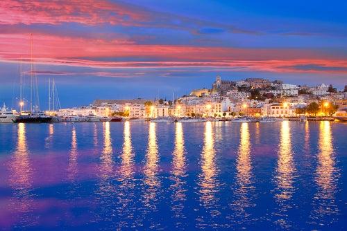 Ibiza, uno de nuestros rincones favoritos para una noche romántica