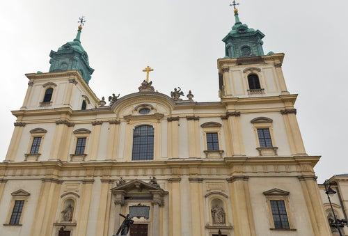 Iglesia de la Sagrada Cruz en Varsovia