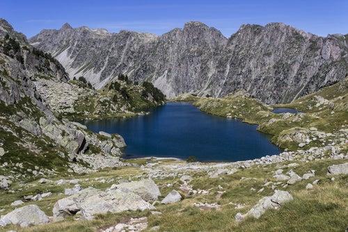 Lago Restanca en el Parque Nacional de Aiguestortes