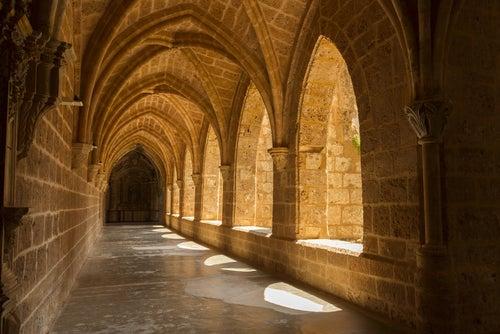Abadía del Monasterio de Piedra
