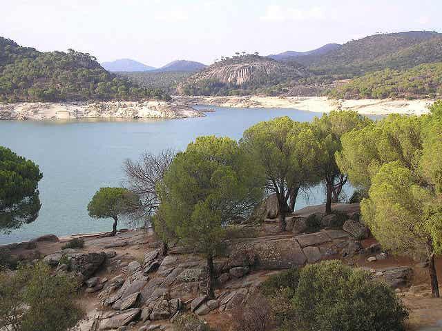 Conoce el embalse de San Juan, entre Ávila y Madrid
