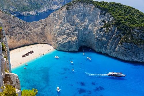 Playa del Naufragio en las islas griegas