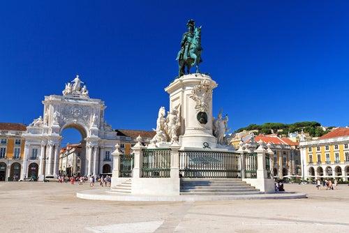 Plaza del Comercio, uno de los lugares que ver en Lisboa