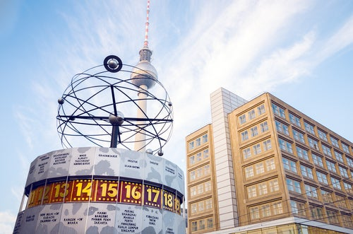 REloj Mundial en Alexanderplatz de Berlín