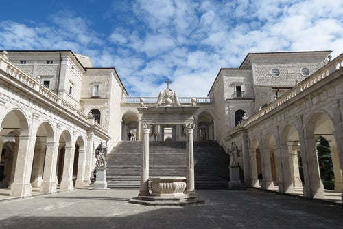 Abadía de Montecassino cerca de Roma