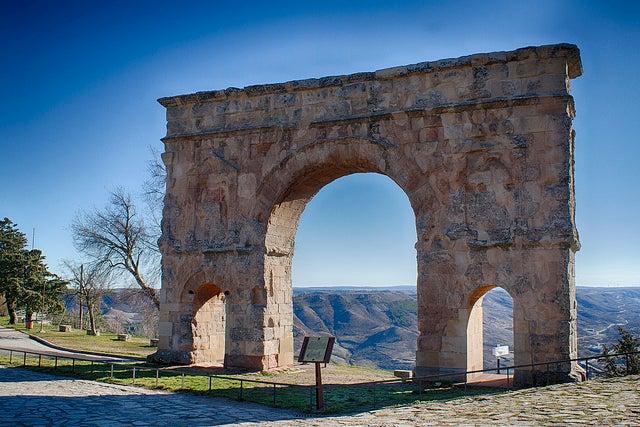 Arco romano de Medinaceli en Soria
