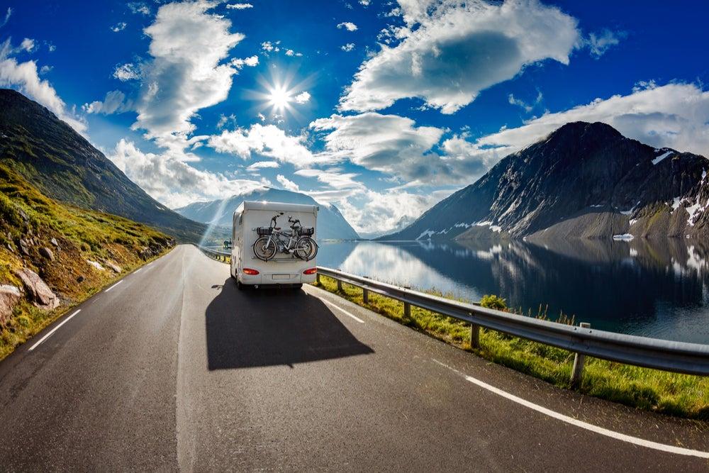 Autocaravana en carretera