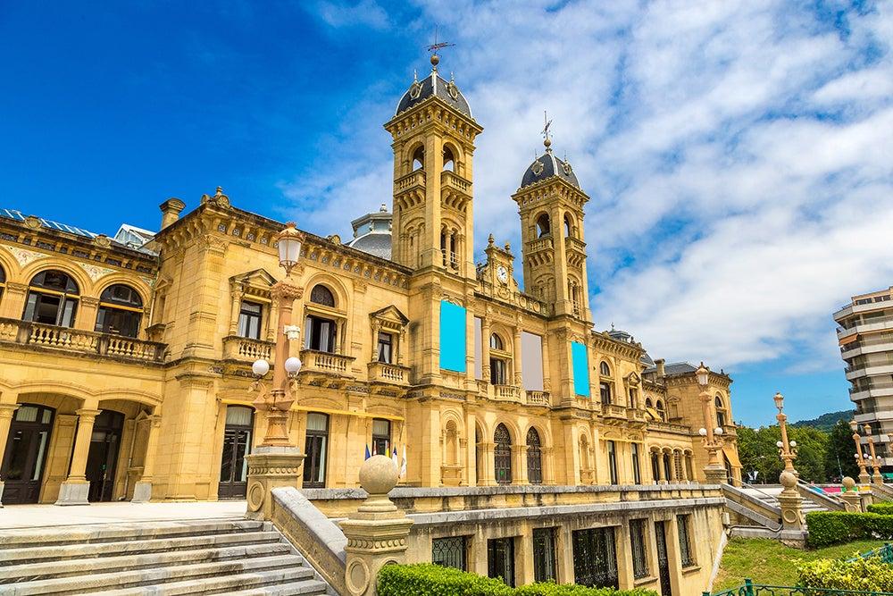 Ayuntamiento, una de las cosas que ver en San Sebastián